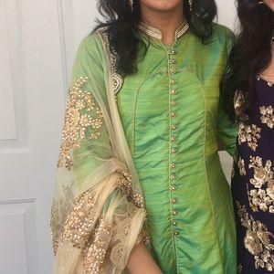 Dresses & Skirts - Green Long anarkali
